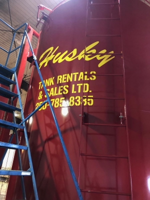 Husky Tank Rentals indoor cleaning and maintenance facility. Fort St John, British Columbia.